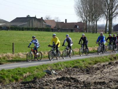 mountainbiken landelijke Gilde 11 maart 2012 038